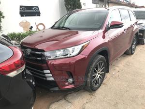 Toyota Highlander 2017 SE 4x4 V6 (3.5L 6cyl 8A) Red   Cars for sale in Lagos State, Ikeja