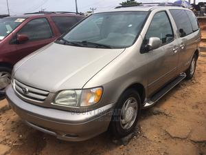 Toyota Sienna 2003 XLE Gold   Cars for sale in Lagos State, Apapa
