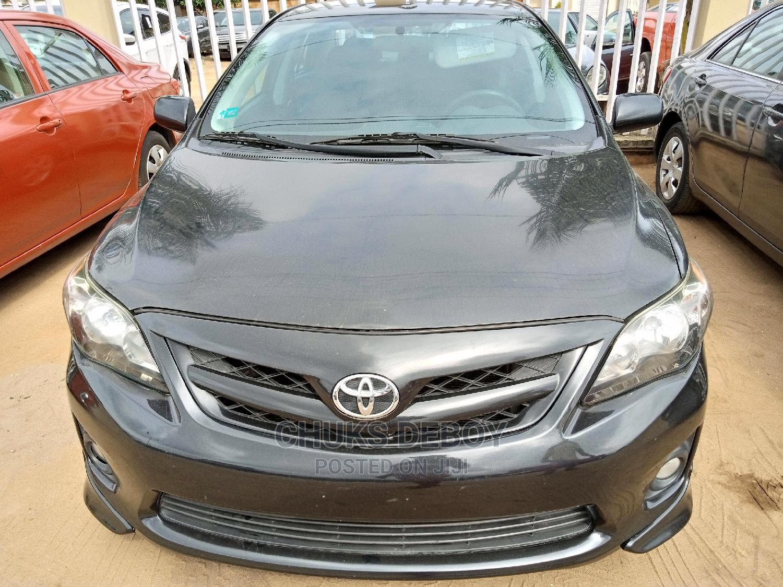 Toyota Corolla 2013 Black
