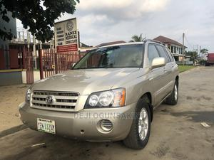 Toyota Highlander 2004 Gold   Cars for sale in Rivers State, Port-Harcourt