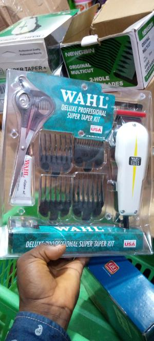 Wahl Deluxe Professional Super Taper Kits USA | Tools & Accessories for sale in Lagos State, Agege