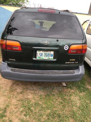 Toyota Sienna 1999 Green | Cars for sale in Lagos State, Abule Egba