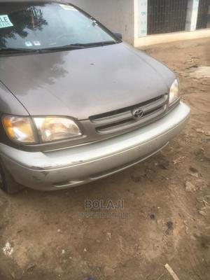Toyota Sienna 1999 XLE   Cars for sale in Lagos State, Alimosho