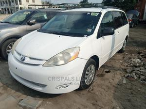 Toyota Sienna 2007 LE 4WD White | Cars for sale in Lagos State, Ajah