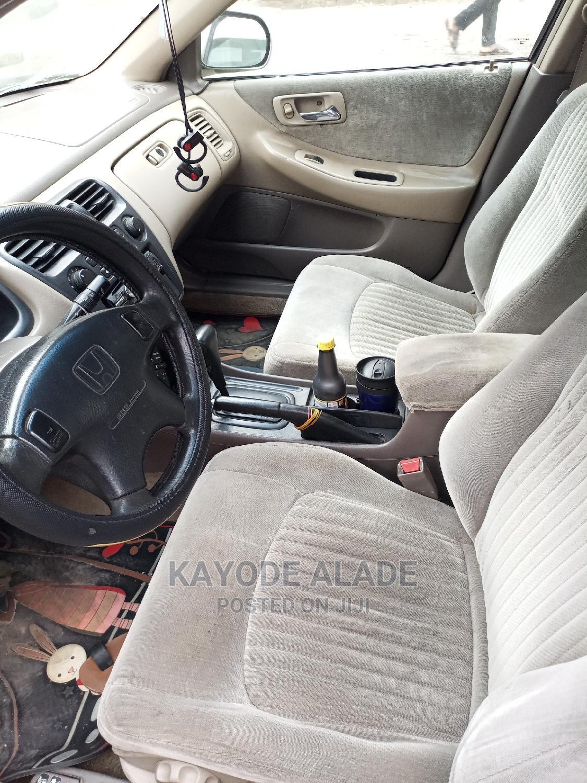 Archive: Honda Accord 1999 EX Silver