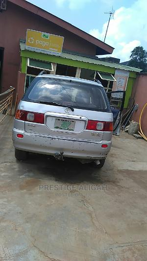 Toyota Picnic 2007 2.0 FWD Silver   Cars for sale in Lagos State, Alimosho