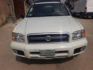 Nissan Pathfinder 2004 SE White   Cars for sale in Lagos State, Isolo