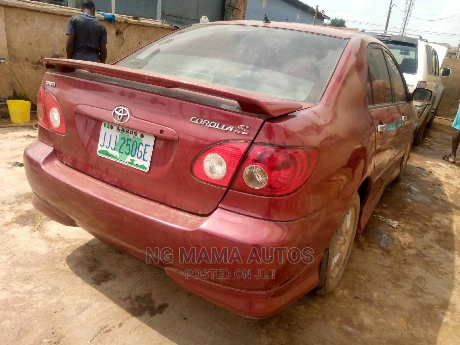 Archive: Toyota Corolla 2006 Red