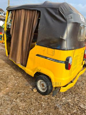 TVS Apache 180 RTR 2017 Yellow | Motorcycles & Scooters for sale in Edo State, Benin City