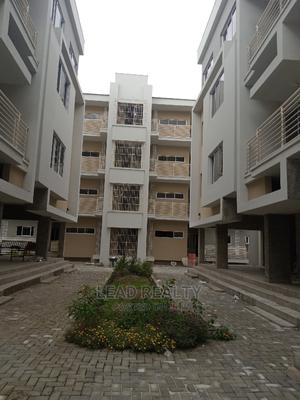 3bdrm Block of Flats in Service Estate, Chevron for sale | Houses & Apartments For Sale for sale in Lekki, Chevron