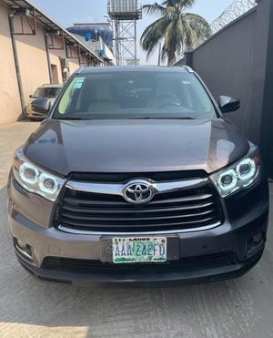Toyota Highlander 2016 Gray   Cars for sale in Lagos State, Ikeja