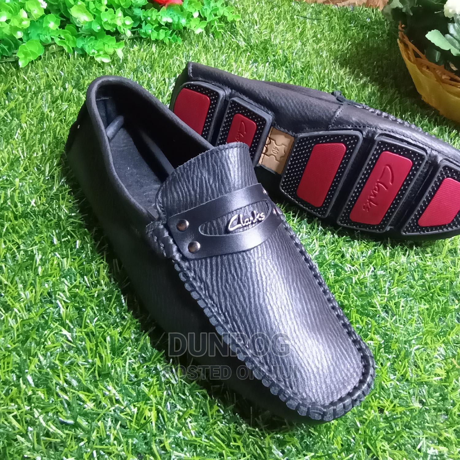 Quality Clark Mens Loafers in Size 40