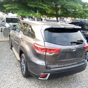Toyota Highlander 2017 XLE 4x4 V6 (3.5L 6cyl 8A) | Cars for sale in Abuja (FCT) State, Garki 2