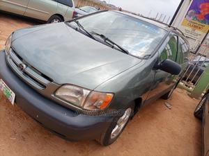 Toyota Sienna 1999 Green | Cars for sale in Lagos State, Agege