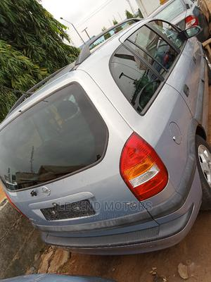Opel Zafira 2001 2.2 Automatic Silver | Cars for sale in Lagos State, Alimosho