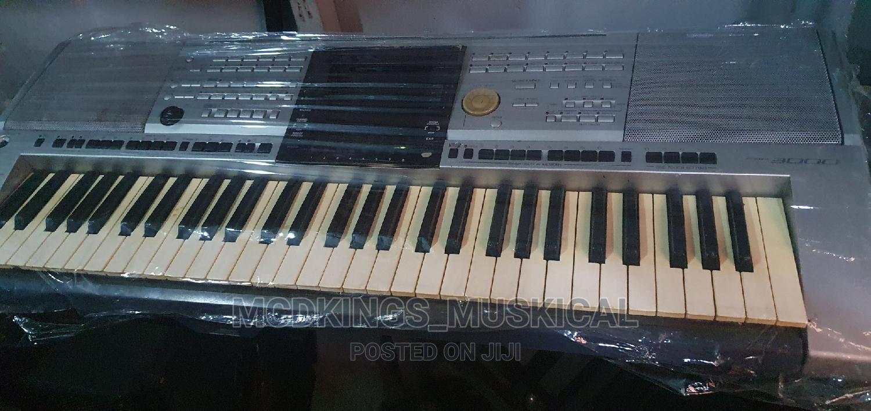 Professional Yamaha Keyboard Psr-3000