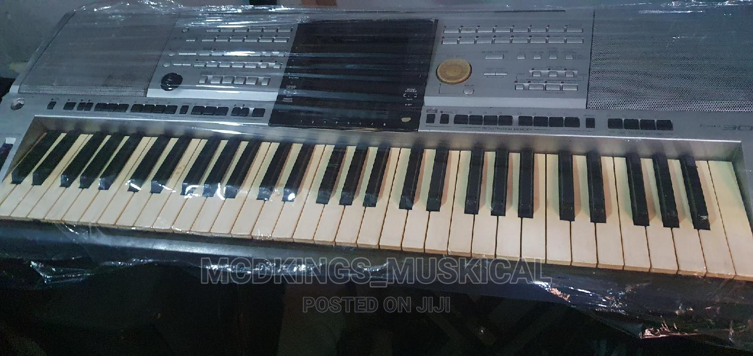 Professional Yamaha Keyboard Psr-3000 | Musical Instruments & Gear for sale in Ojo, Lagos State, Nigeria