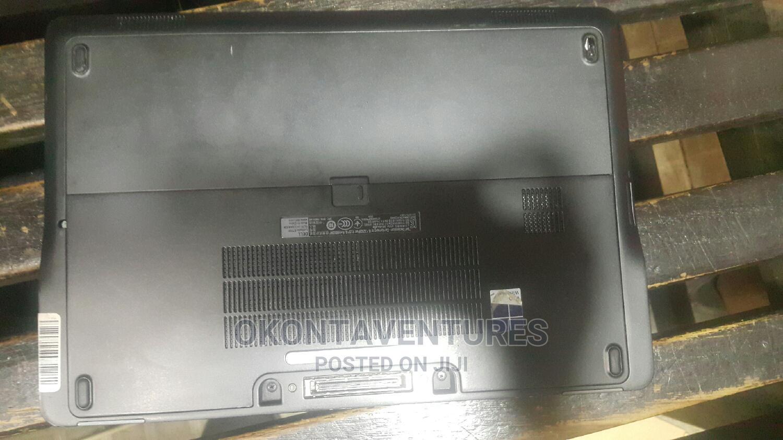 Archive: Laptop Dell Latitude 12 E7250 4GB Intel Core I5 SSD 256GB