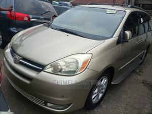 Toyota Sienna 2006 XLE Limited AWD Gold   Cars for sale in Lagos State, Apapa
