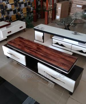Luxury Glass Top TV Stand   Furniture for sale in Lagos State, Ajah