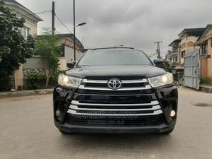 Toyota Highlander 2018 XLE 4x2 V6 (3.5L 6cyl 8A) Black | Cars for sale in Lagos State, Surulere