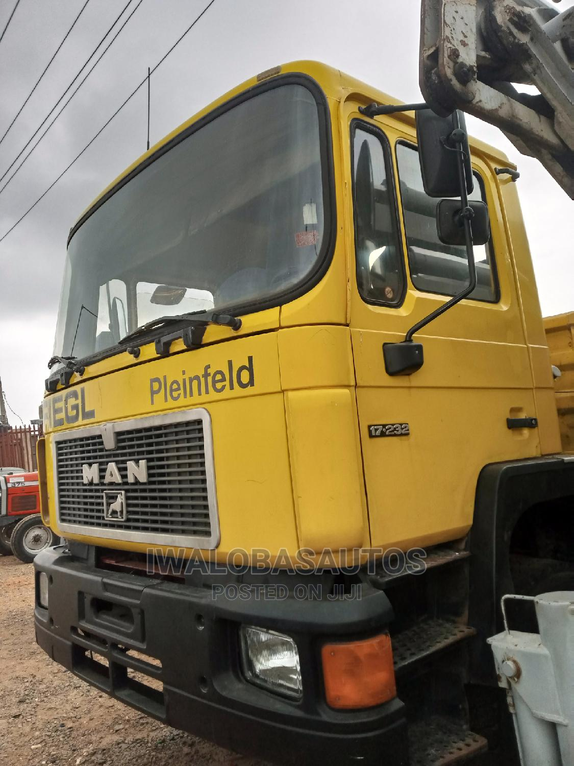 Tokunbo Man Diesel/6tyres/Aux | Trucks & Trailers for sale in Isolo, Lagos State, Nigeria