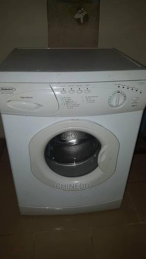 Fairly Used Hotpoint Washing Machine | Home Appliances for sale in Lagos State, Ojodu