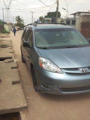 Toyota Sienna 2006 CE FWD Green | Cars for sale in Lagos State, Alimosho