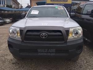 Toyota Tacoma 2006 Access Cab Silver | Cars for sale in Lagos State, Ojodu