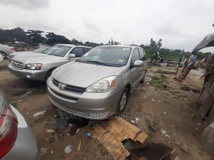 Toyota Sienna 2005 CE Silver | Cars for sale in Lagos State, Amuwo-Odofin