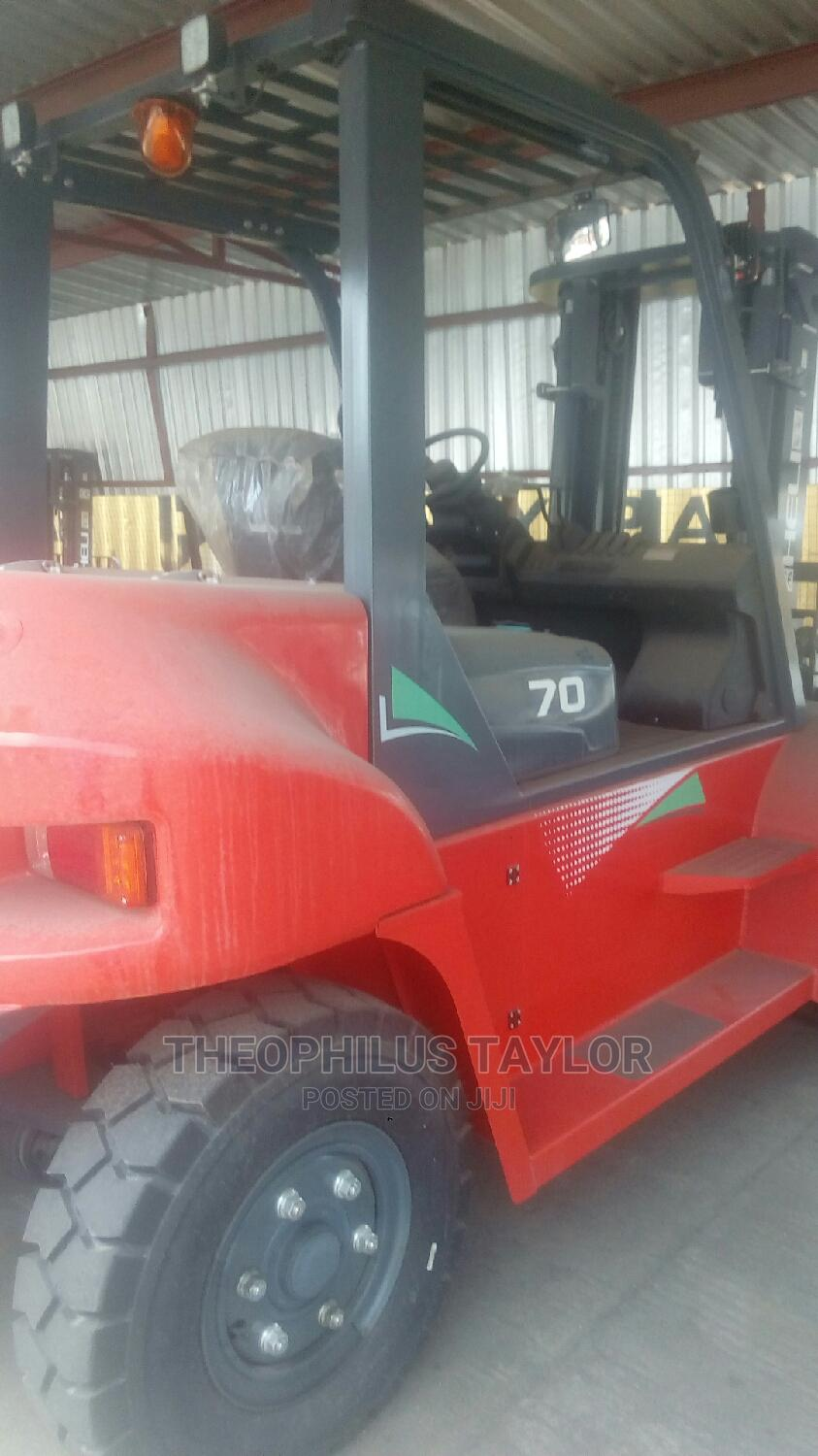 Archive: Nigeria Used Forklift 7tons