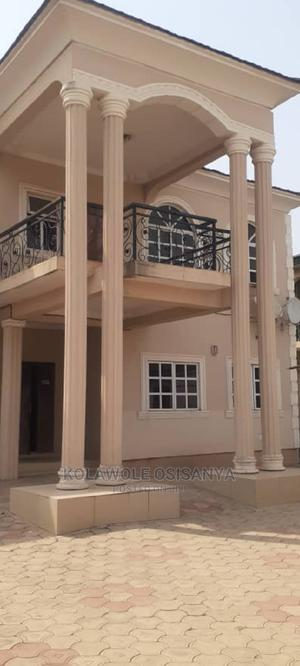 5bdrm Duplex in Adeosun, Oluyole Estate for Sale | Houses & Apartments For Sale for sale in Ibadan, Oluyole Estate