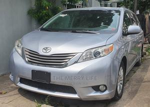 Toyota Sienna 2011 XLE 8 Passenger Silver   Cars for sale in Lagos State, Lagos Island (Eko)