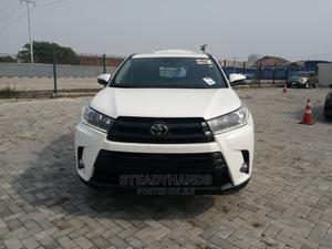 Toyota Highlander 2017 SE 4x4 V6 (3.5L 6cyl 8A) White | Cars for sale in Lagos State, Lekki