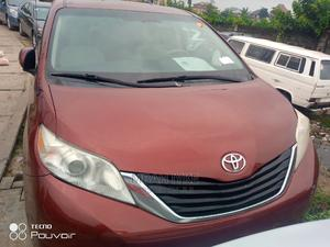 Toyota Sienna 2012 LE 8 Passenger Red   Cars for sale in Lagos State, Amuwo-Odofin