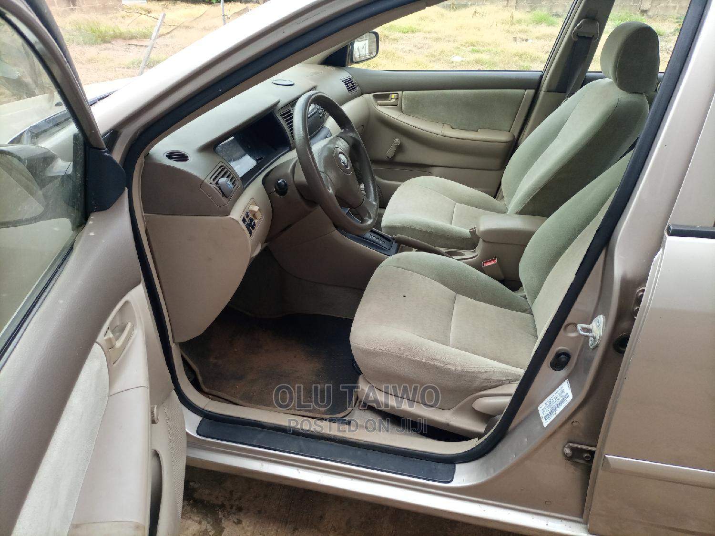 Toyota Corolla 2003 Sedan Automatic Gold | Cars for sale in Ibadan, Oyo State, Nigeria