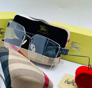 BURBERRY Authentic Sunglasses for Queens   Clothing Accessories for sale in Lagos State, Lagos Island (Eko)