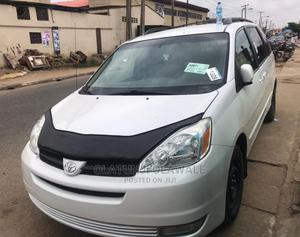 Toyota Sienna 2003 LE White | Cars for sale in Lagos State, Ikeja