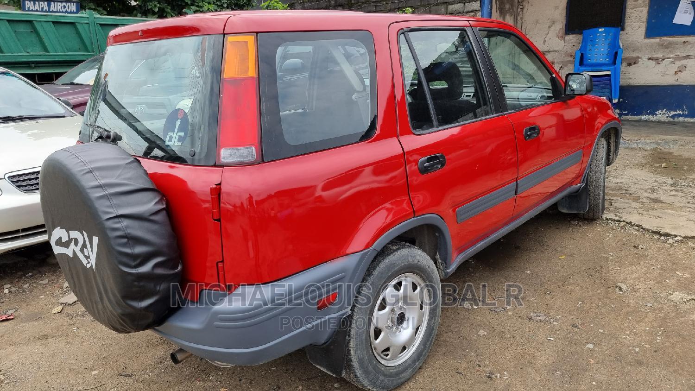 Archive: Honda CR-V 2002 Red