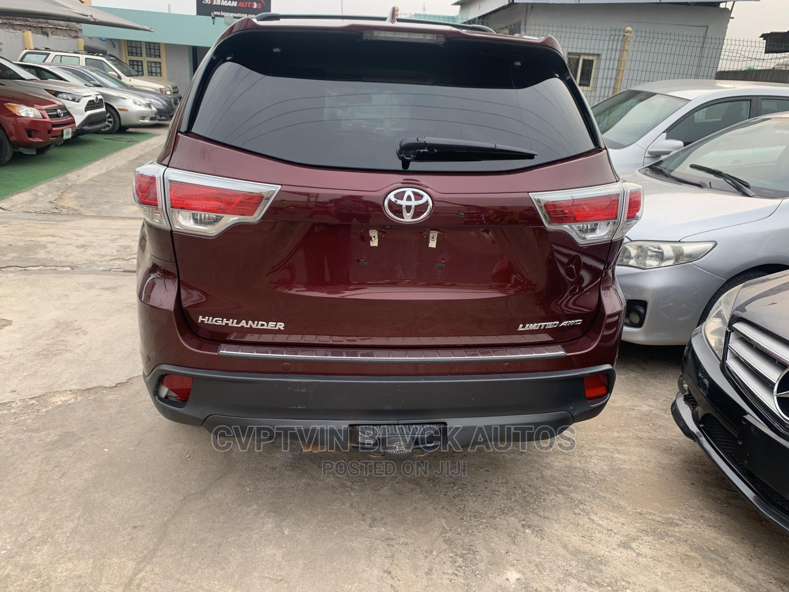 Toyota Highlander 2017 Red | Cars for sale in Ikeja, Lagos State, Nigeria