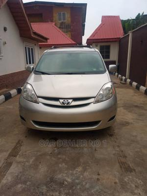 Toyota Sienna 2006 Gold | Cars for sale in Oyo State, Ibadan