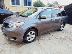 Toyota Sienna 2011 LE 8 Passenger Gray | Cars for sale in Oyo State, Ibadan