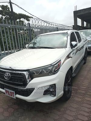 Toyota Hilux 2012 2.5 D-4d 4X4 SRX White   Cars for sale in Lagos State, Amuwo-Odofin