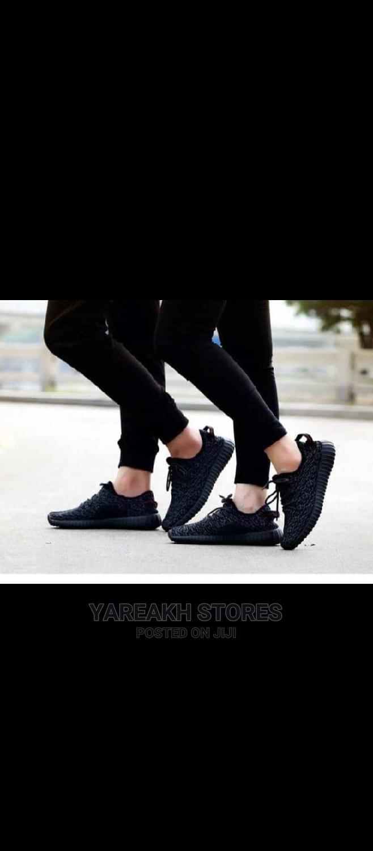 Unisex Sneakers.