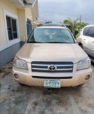 Toyota Highlander 2006 V6 Gold | Cars for sale in Lagos State, Ikeja