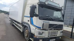 Volvo FM 7 Bus Body With 8tyres for Sale | Trucks & Trailers for sale in Lagos State, Mushin