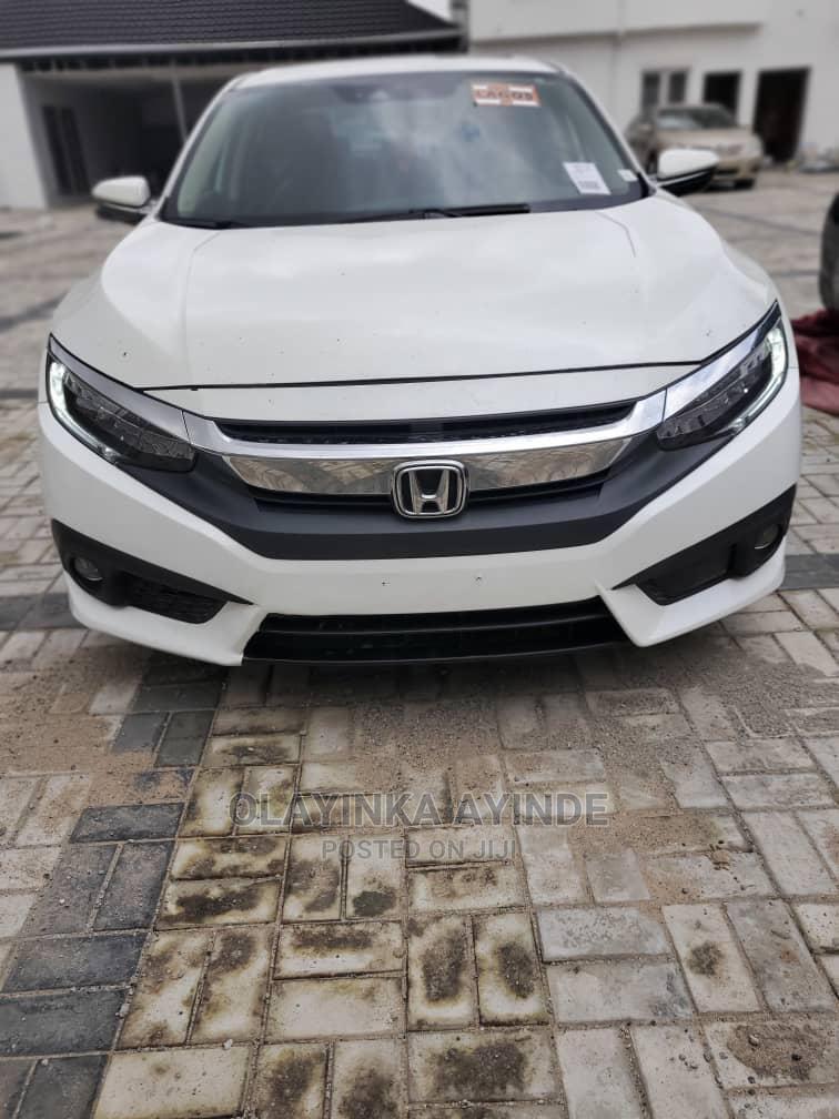 Archive: Honda Civic 2016 White