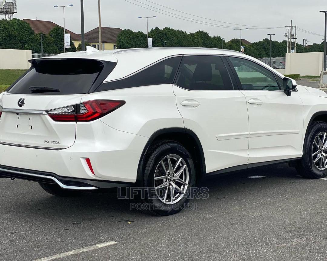 Archive: Lexus RX 2018 White