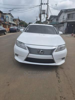 Lexus ES 2013 350 FWD White   Cars for sale in Lagos State, Surulere