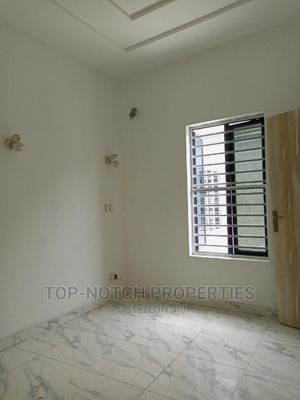 Archive: 5bdrm Duplex in Lekki for Sale